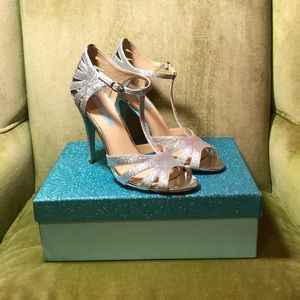 Blue by Betsy Johnson SB-Tee t-strap heels